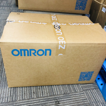 Omron XS2F-D521-GG0-A Standard